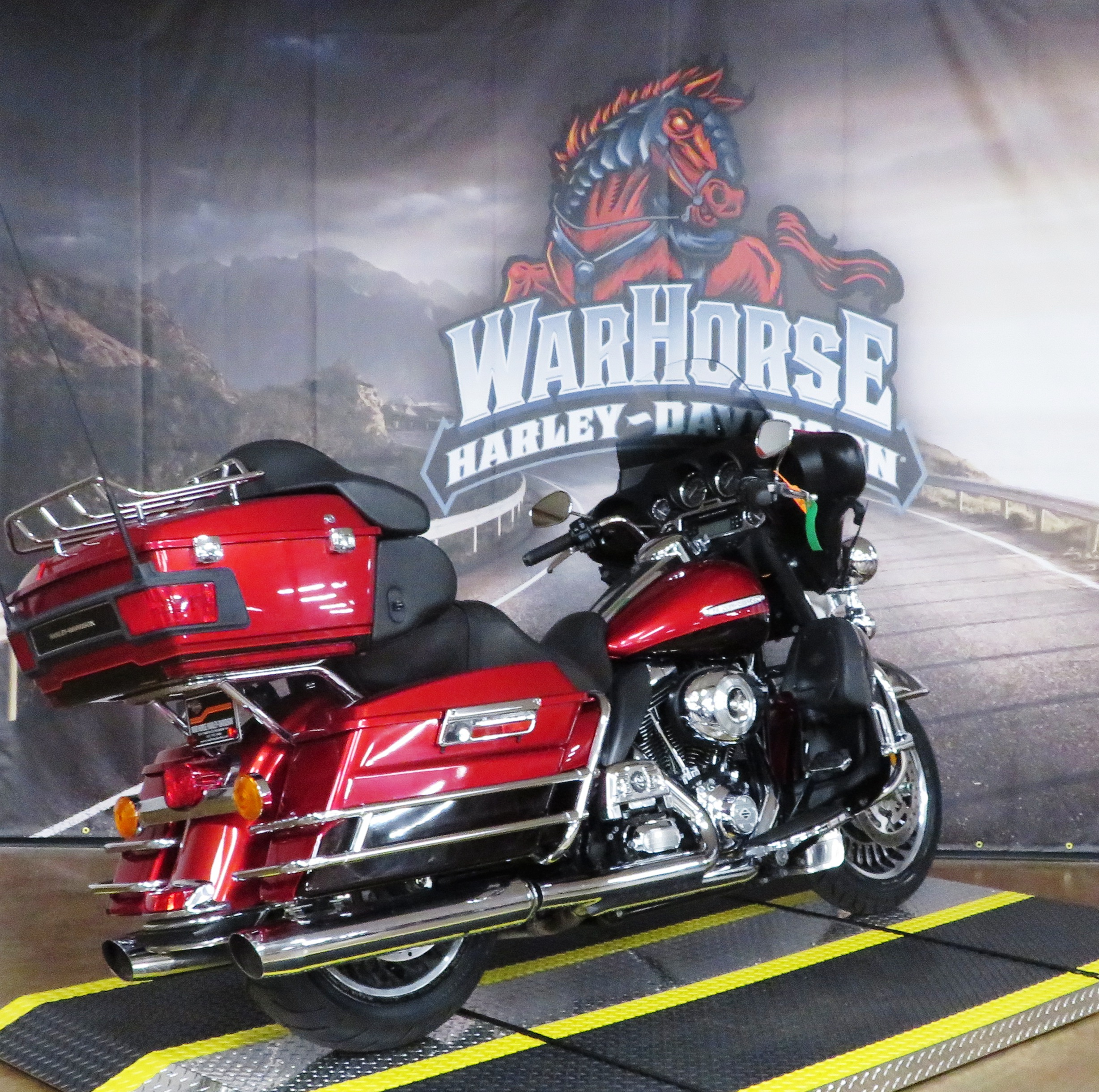Pre-Owned 2012 Harley-Davidson Electra Glide Ultra Limited