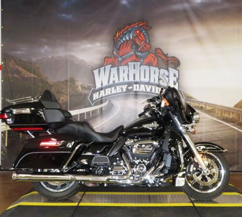 Pre-Owned 2017 Harley-Davidson Electra Glide Ultra Classic